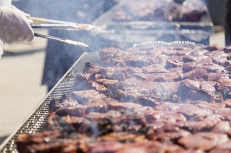 Celebrity Fight Night donated 1,000 steaks to SVdP